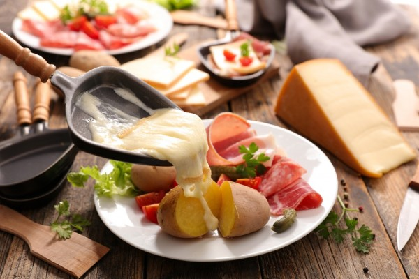A Delicious recipe for Mountain Cheese Raclette